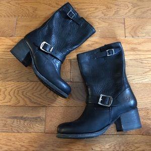 Frye Black Leather Engineer Mid Shaft Heel Boots